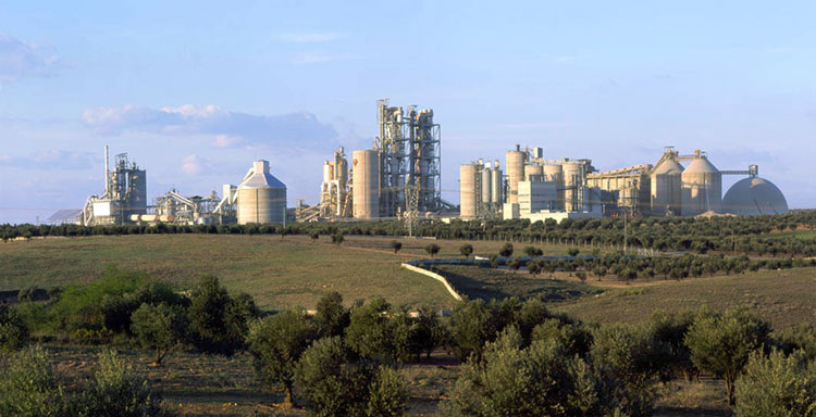 El consumo de cemento crece un 17% en el primer semestre