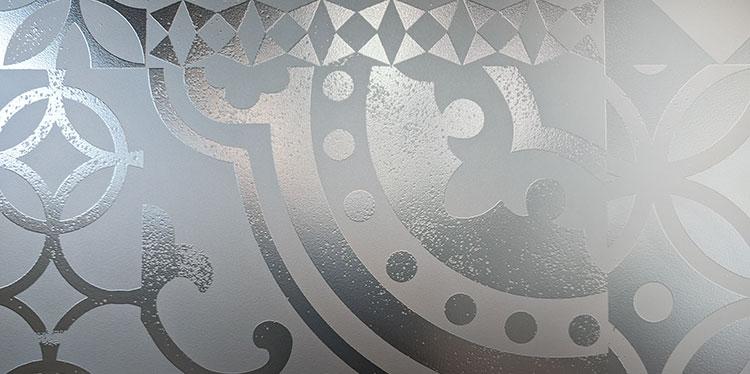 Mosaico hidráulico fabricado en vidrio