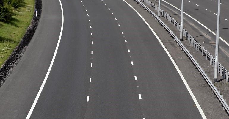 Carretera tres carriles licitación Fomento