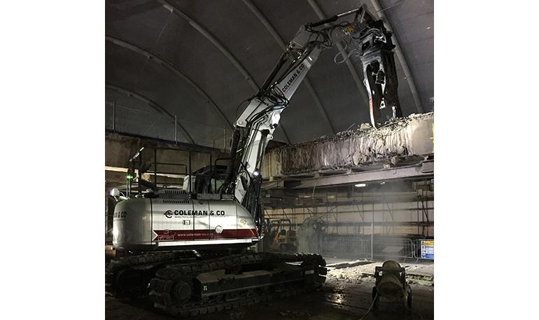 La excavadora a control remoto de JCB