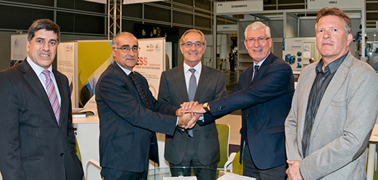 Firma convenio IVE Confemadera