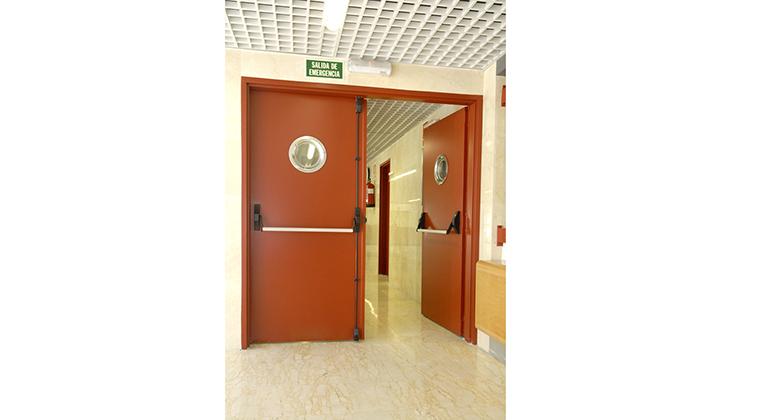 Puerta contra incendios great guillotinas puertas contra - Puertas contra incendios ...
