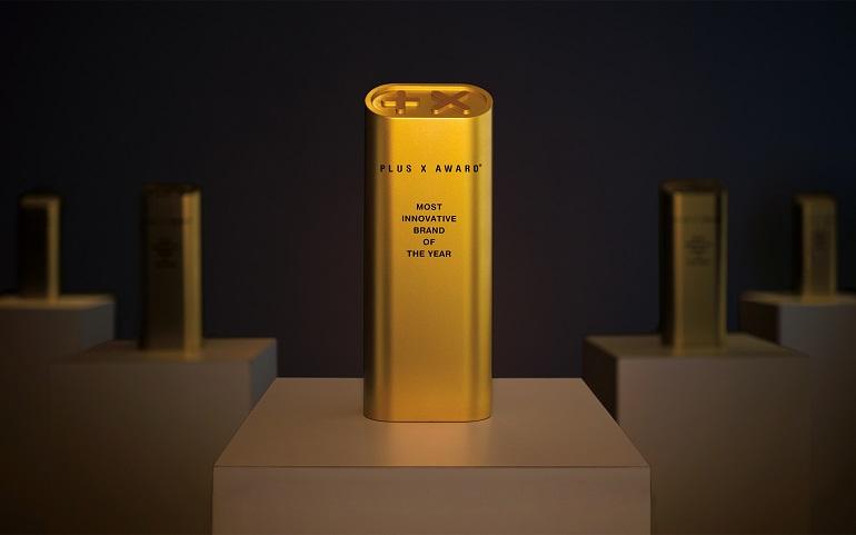 Premio Plus X award