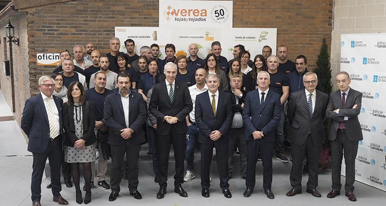 Verea pone en marcha la producción de una nueva teja con el fin de consolidarse en el mercado americano