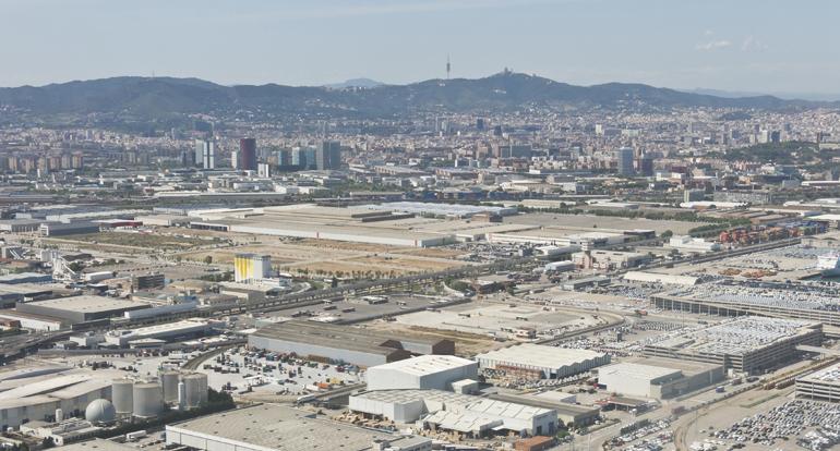 Fomento declaró el pasado miércoles que no puede financiar legalmente obras derivadas de desarrollos urbanísticos o polígonos industriales
