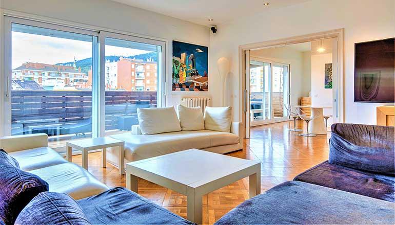 El mercado de la vivienda premium de Barcelona baja sus precios