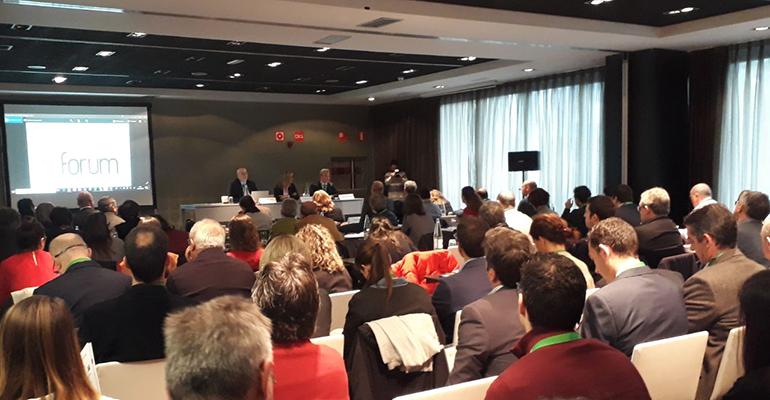 Porfesionales de la arquitectura y la construcción en el DPA Fórum Madrid